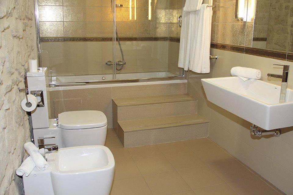 bano-suite-concejo-hospederia