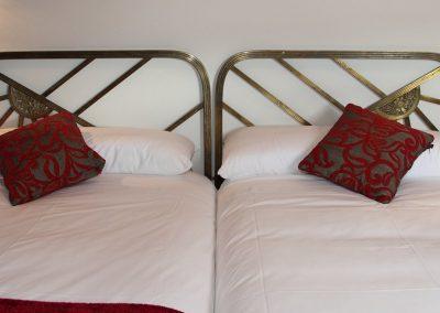 cama-hotel-superior-valladolid